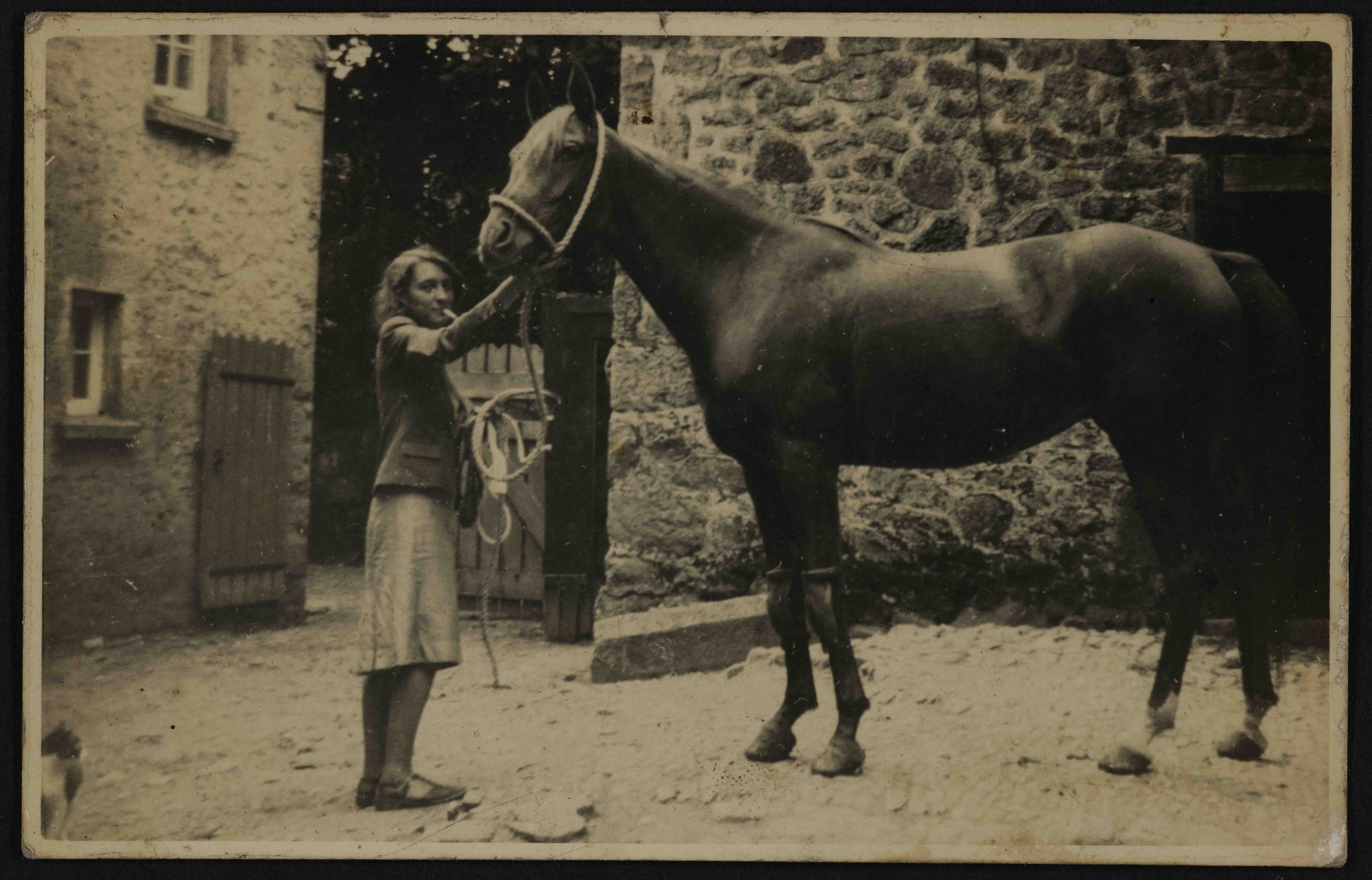 EUL MS 397/10/8/119 Photograph of Bunny Duncan with Ronald Duncan's favourite horse Dil Fareb